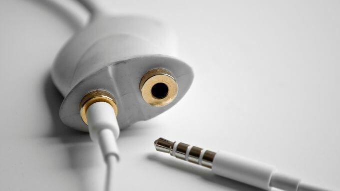 1607552590 14 Comment lire du son sur des ecouteurs et des haut parleurs